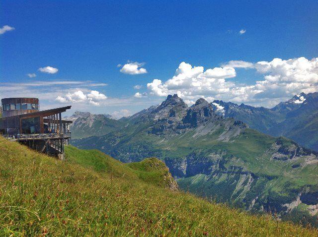 Panorámica alpina desde Alpen Tower