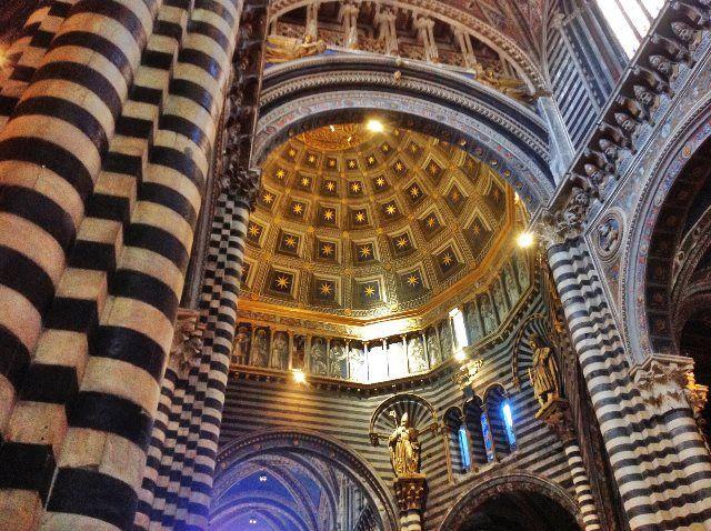 Interior del Duomo de Siena