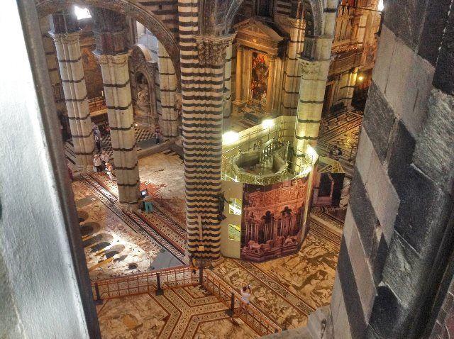 Paseo por lo alto del Duomo de Siena