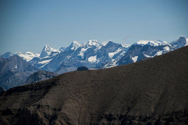 El Eiger, el Mönch y la Jungfrau desde el puente colgante
