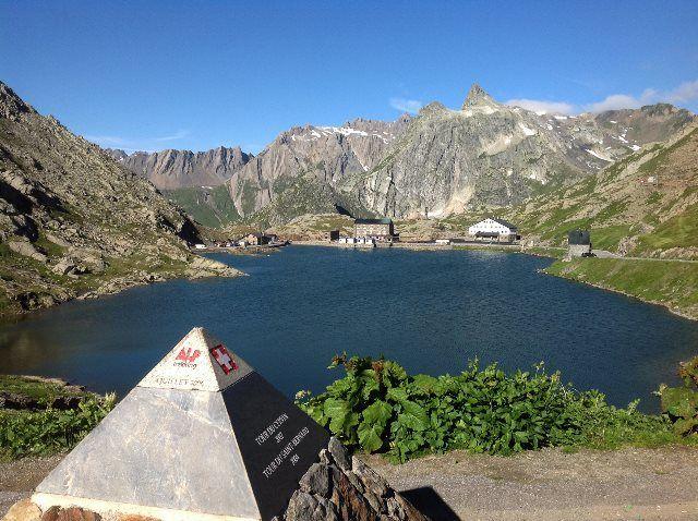 Paso del Gran San Bernardo 2473 m