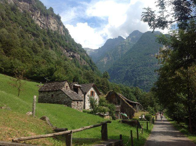 Valle de Verzasca: la esencia del Ticino (Suiza)