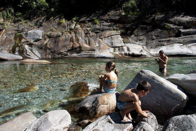 Baño en Lavertezzo