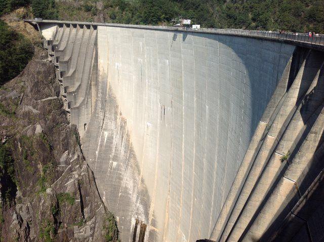 Vogorno Dam