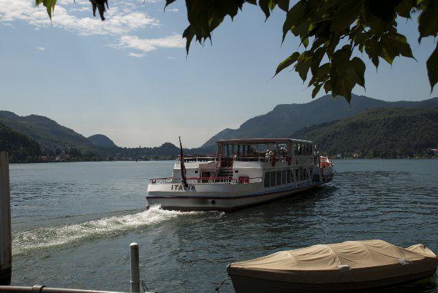 Barcos de la Sociedad de Navegación del lago Lugano