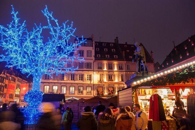 Mercado de Navidad de la Plaza Gutemberg