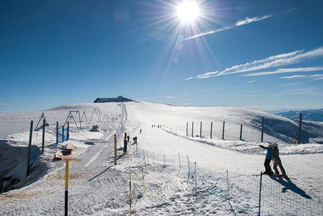 Esquiando entre Suiza e Italia