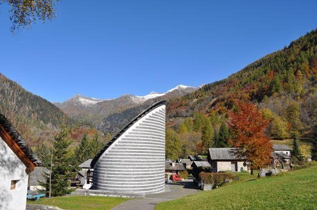 Mogno Foto de Luca Sansossio-Ticino Turismo