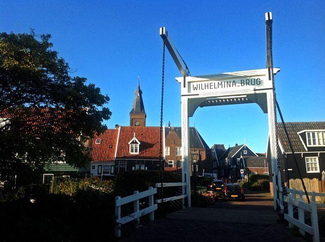 Puente de Marken