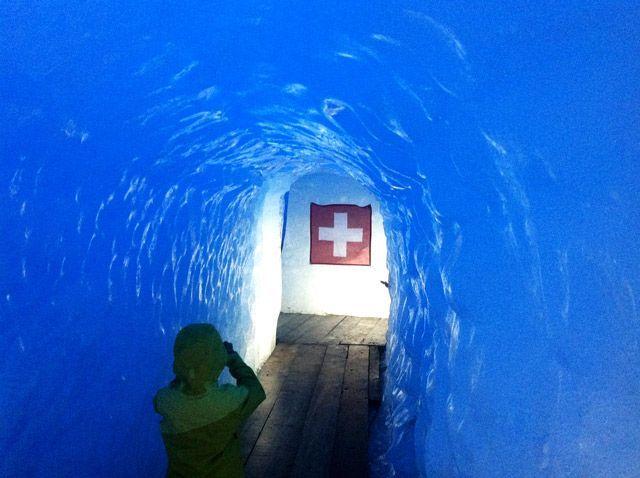Interior del glaciar