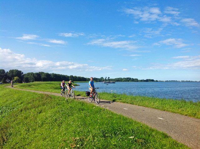 En bicicleta por el Waterland