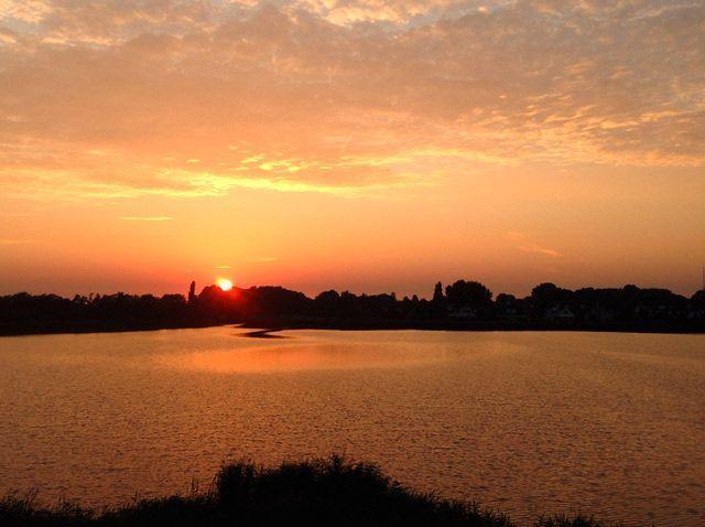 Puesta de sol en el Waterland