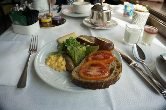 Desayuno en el Hotel Bristol