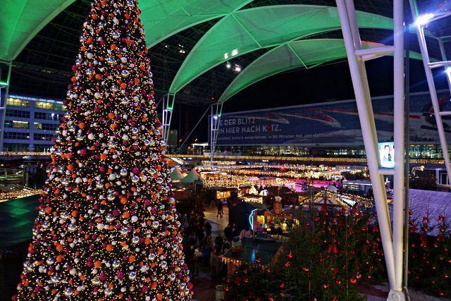 Árbol de Navidad del aeropuerto de Múnich