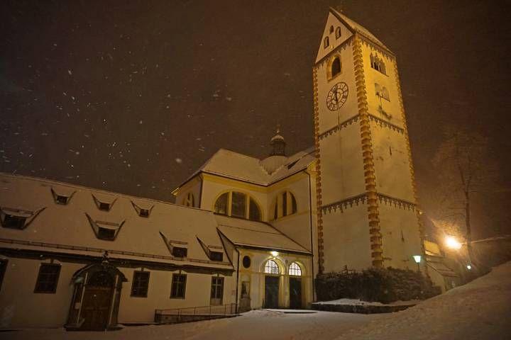 Iglesia de Füssen bajo la nieve