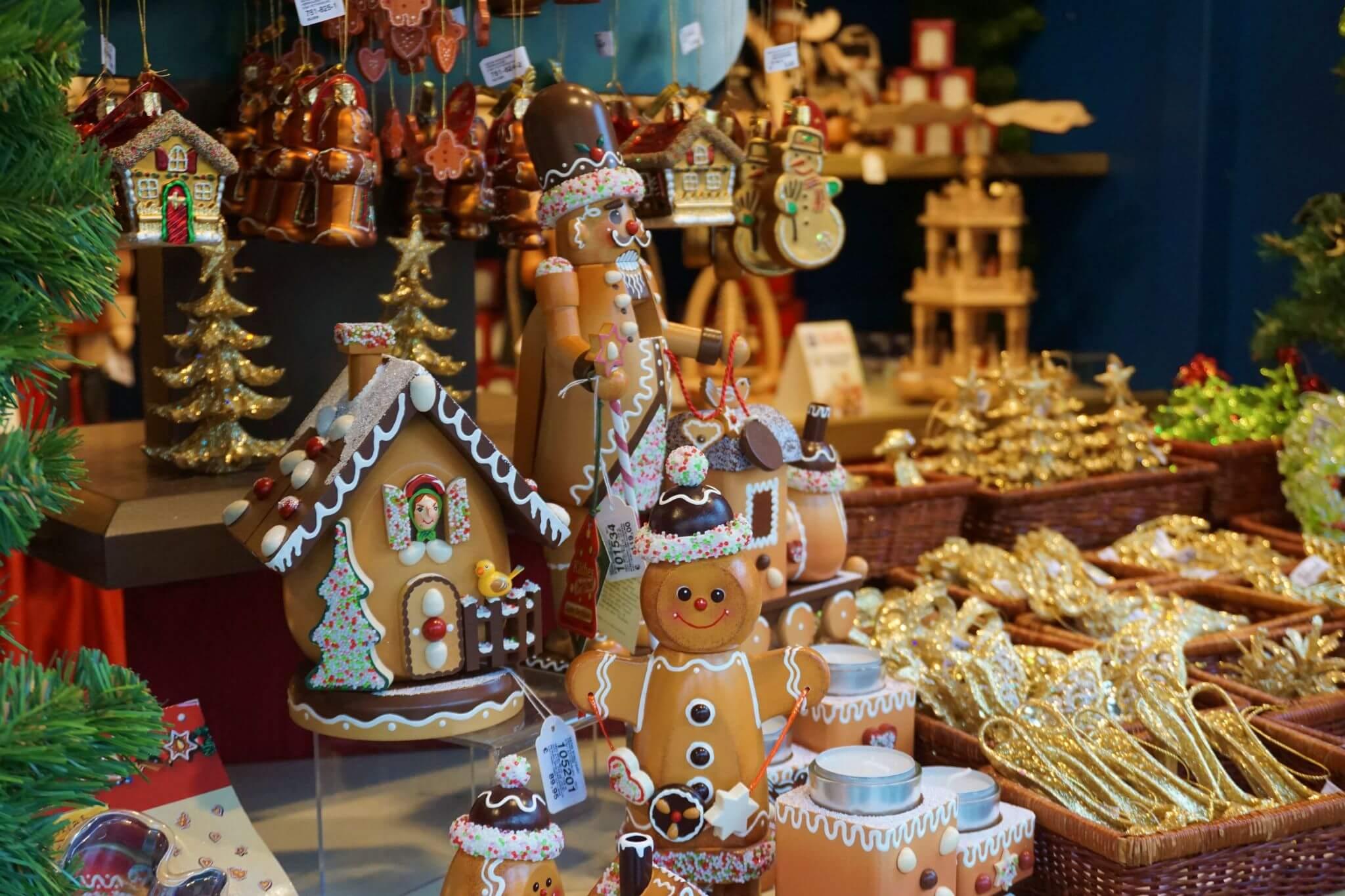 Adornos navideños en Rothenburg