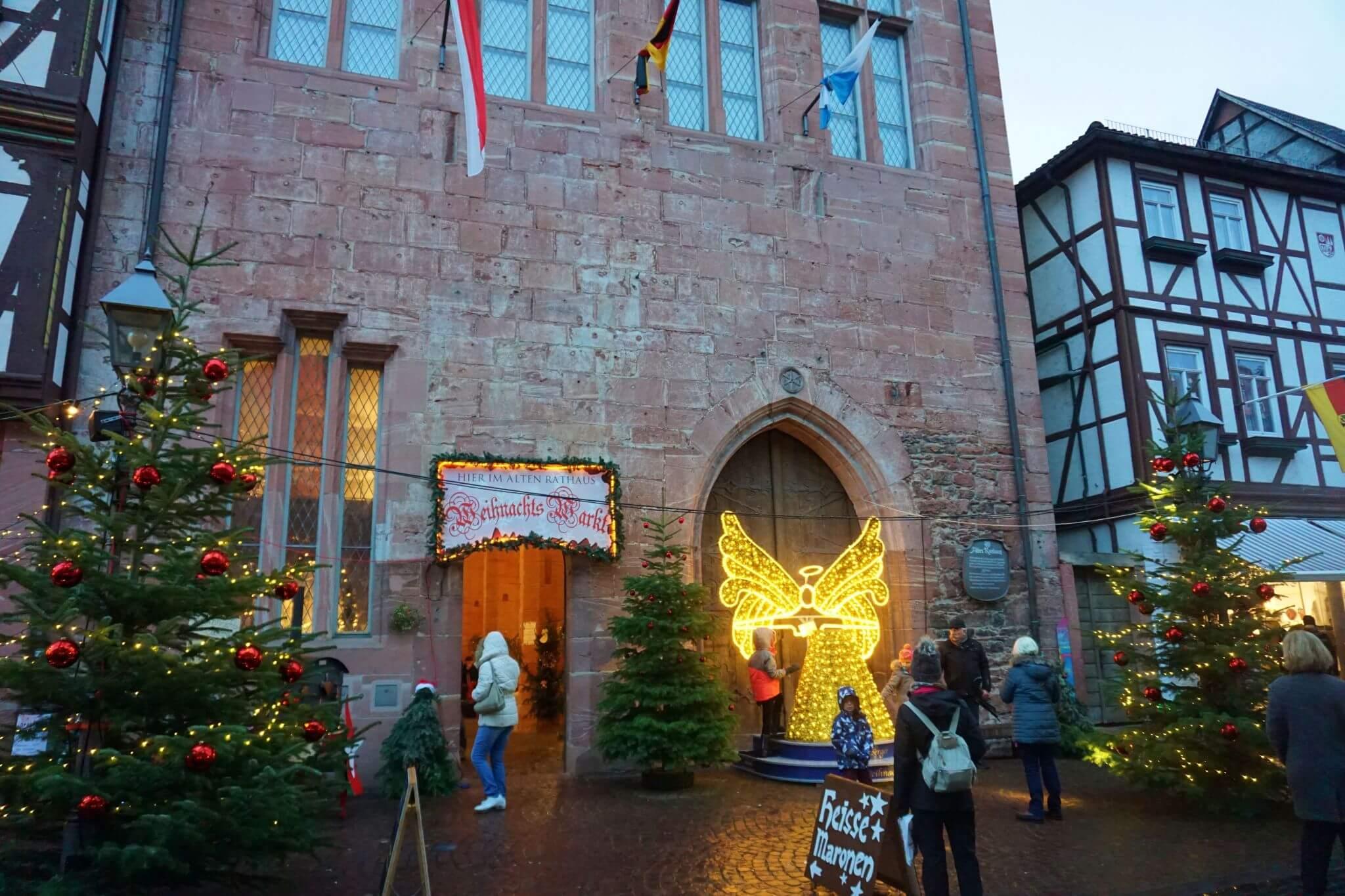 El ángel del antiguo ayuntamiento de Miltenberg