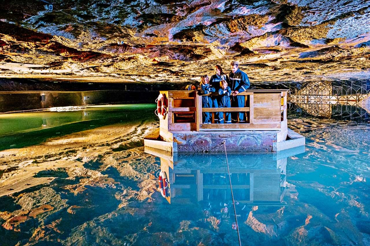 El lago de las minas de sal @Salt Mine Berchtesgaden, Südwestdeutsche Salzwerke AG