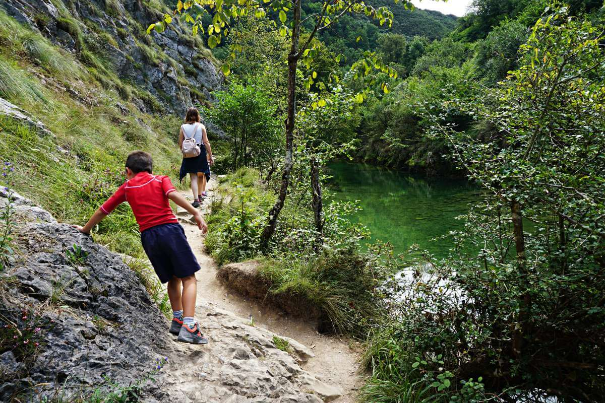 Excursión por el río Dobra